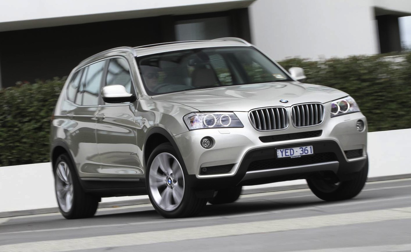 2013 bmw x3 specification upgrade boosts suv value. Black Bedroom Furniture Sets. Home Design Ideas