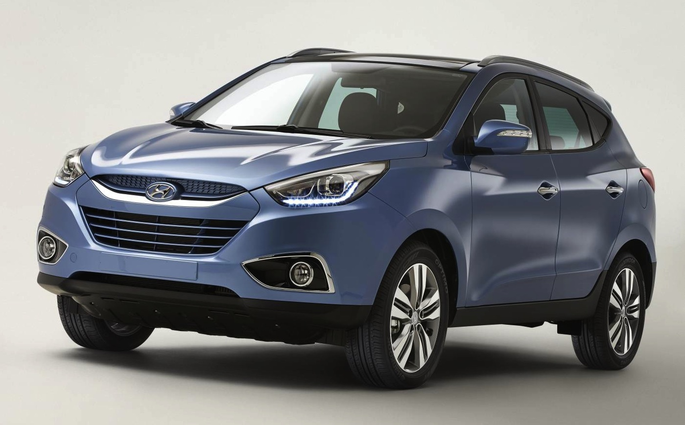 hyundai ix35 facelift new engine for updated suv photos. Black Bedroom Furniture Sets. Home Design Ideas
