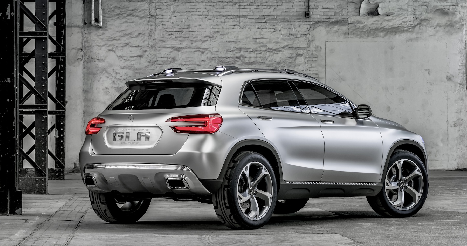 mercedes benz gla concept officially revealed photos 1 of 14