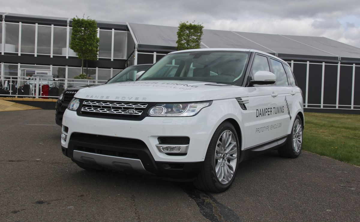 range rover sport review quick drive caradvice. Black Bedroom Furniture Sets. Home Design Ideas