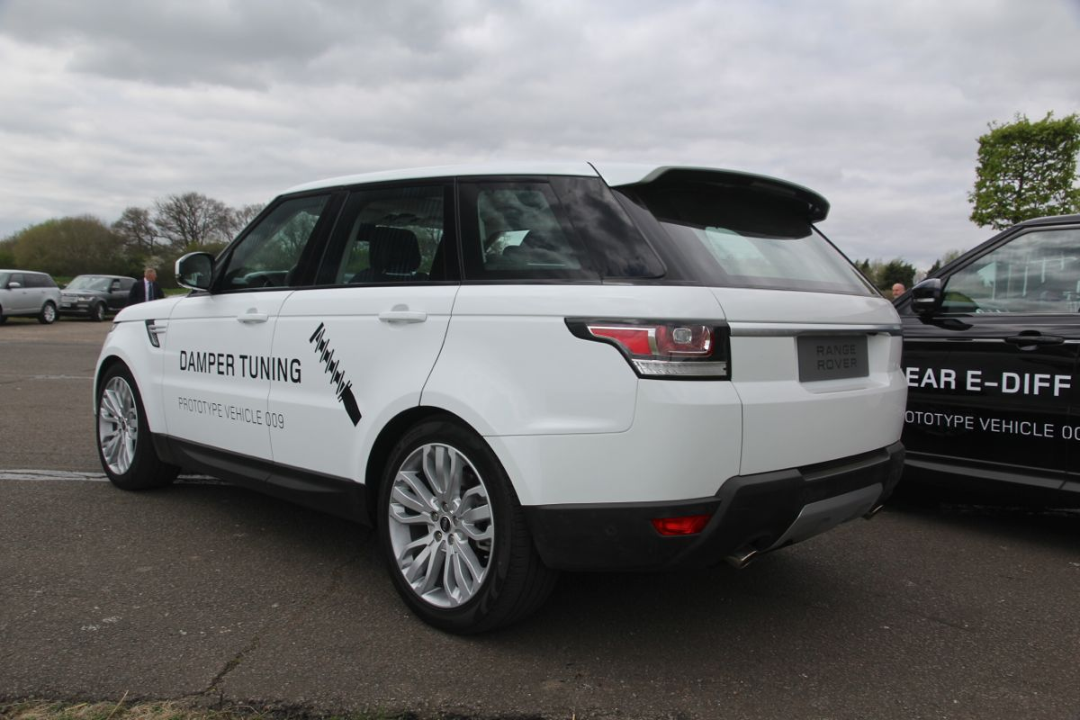 2011 Land Rover Range Rover Sport Review Ratings Specs