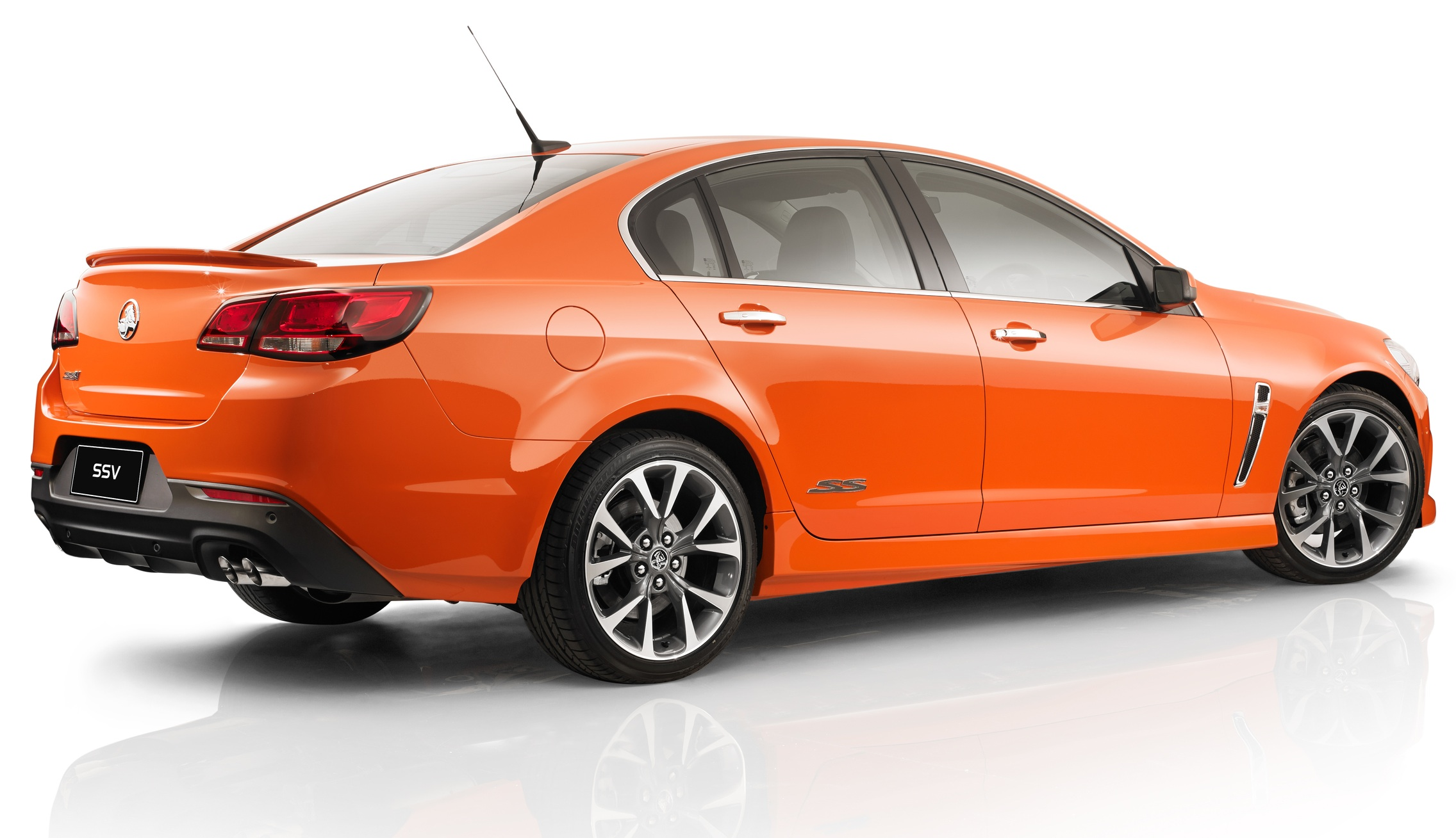 Holden VF Commodore: pricing and specifications - Photos (1 of 16)