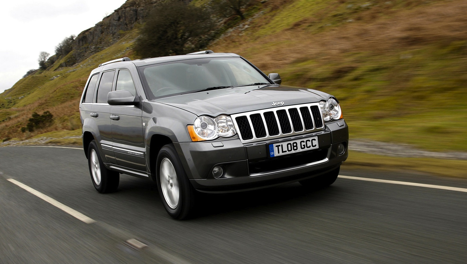 jeep grand cherokee commander 5000 cars recalled locally photos 1 of 5. Black Bedroom Furniture Sets. Home Design Ideas