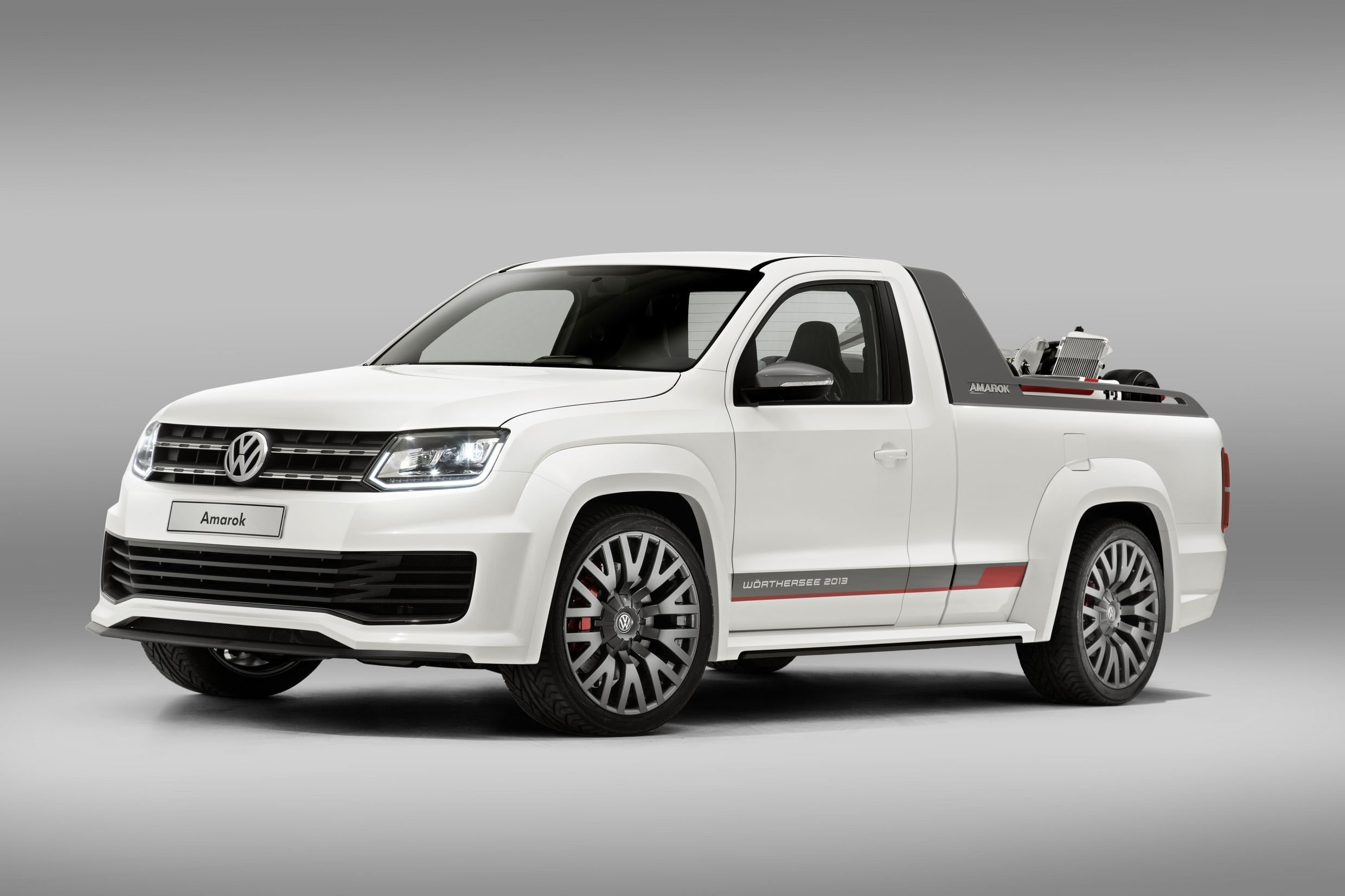 volkswagen amarok power pickup unveiled photos 1 of 6. Black Bedroom Furniture Sets. Home Design Ideas