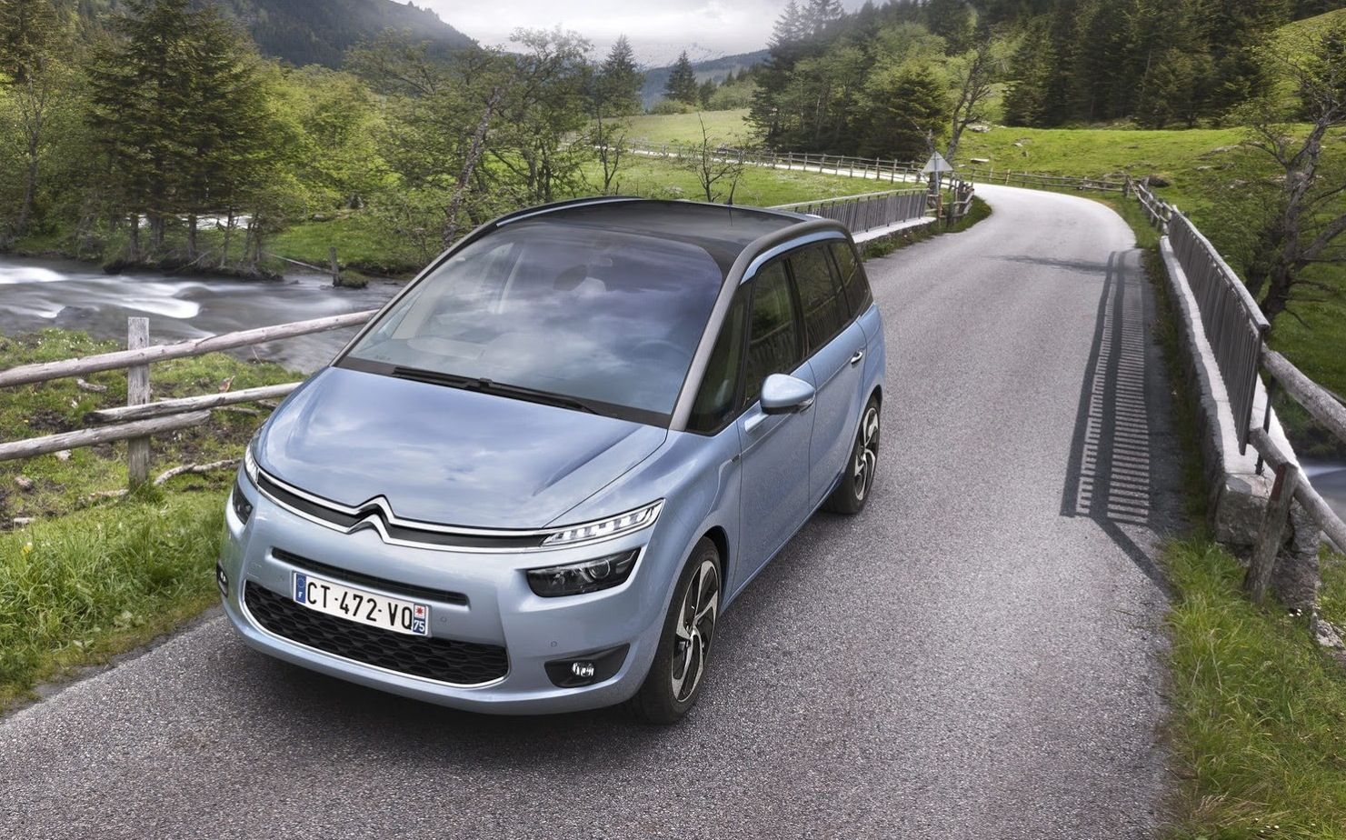 Citroen C4 Grand Picasso French Seven Seater Revealed