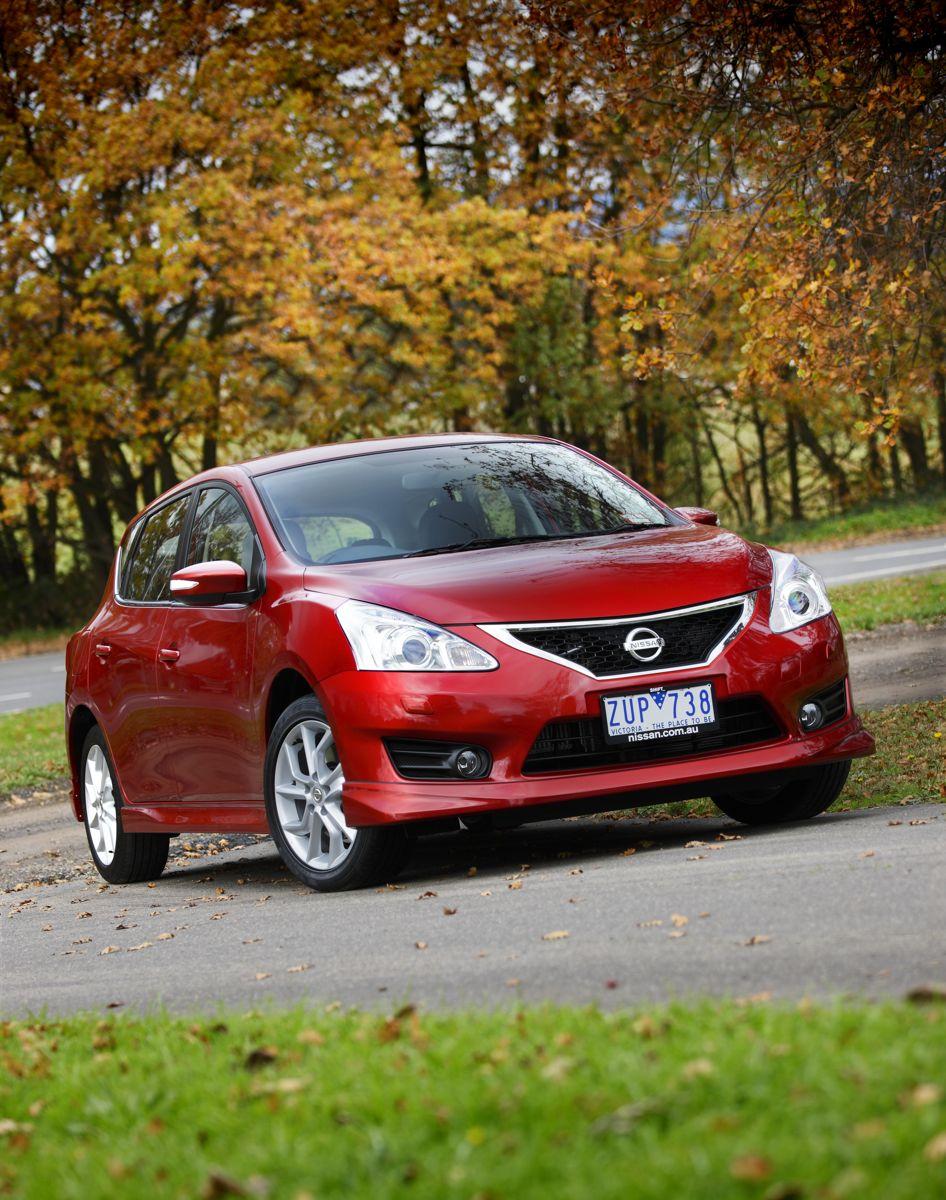 2013 Honda Crv Review >> 2013 Nissan Pulsar SSS Review   CarAdvice