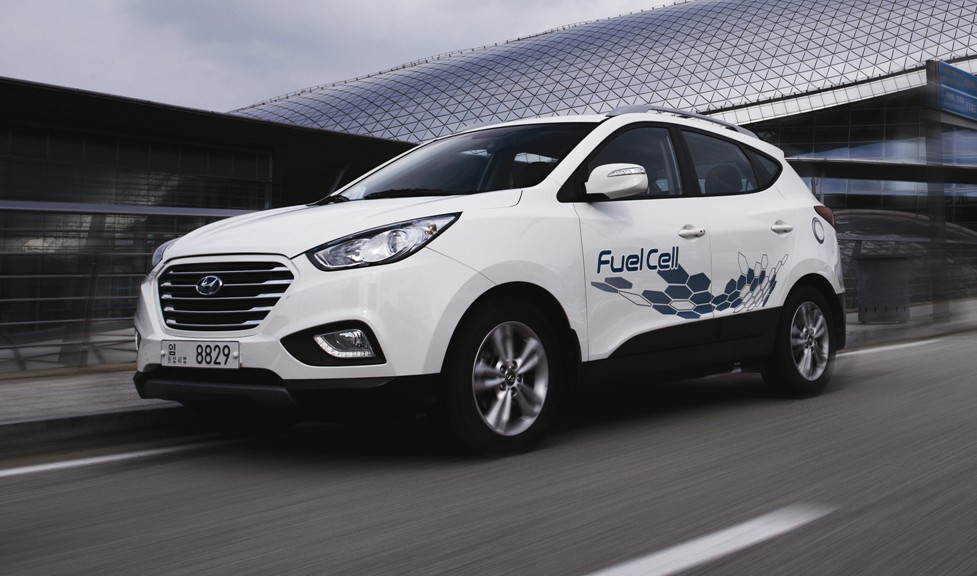 hyundai ix35 fuel cell europe 39 s first hydrogen production. Black Bedroom Furniture Sets. Home Design Ideas