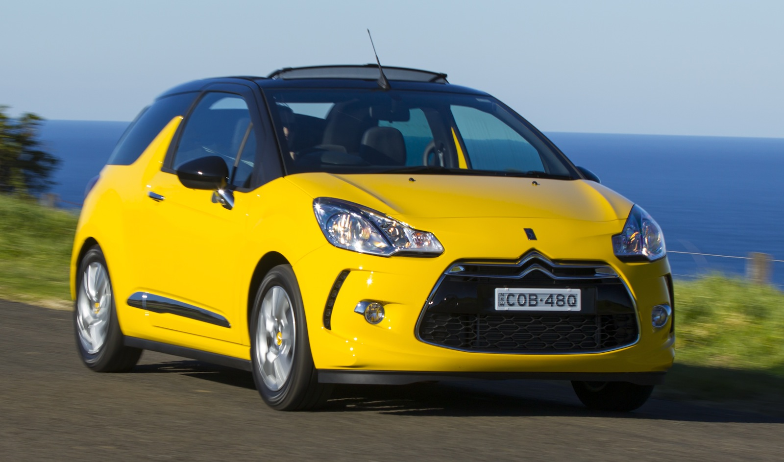 citroen ds3 cabrio review caradvice. Black Bedroom Furniture Sets. Home Design Ideas