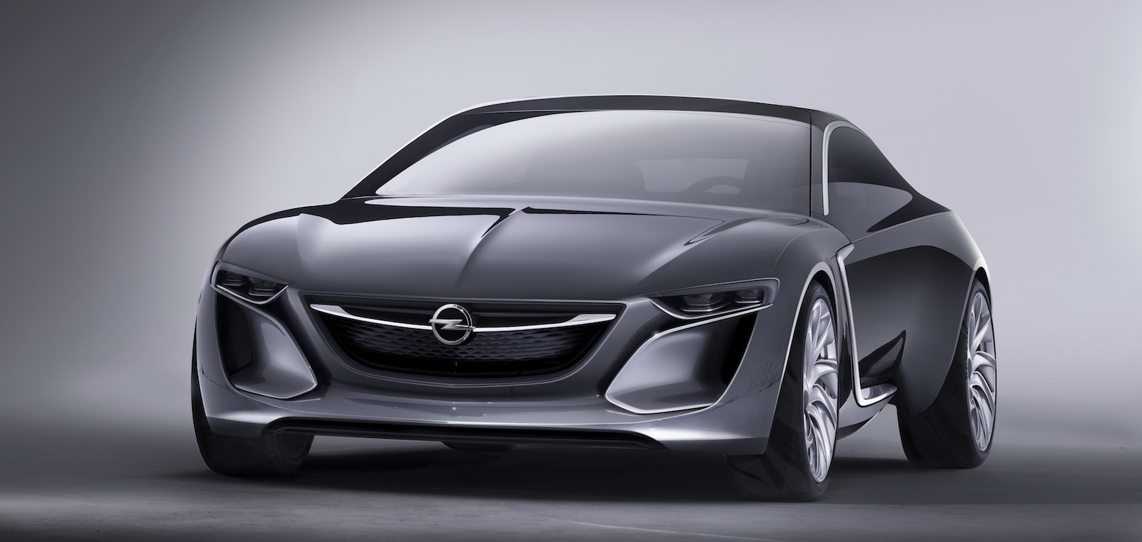 Opel monza concept four seat range extender revealed photos 1 of 9