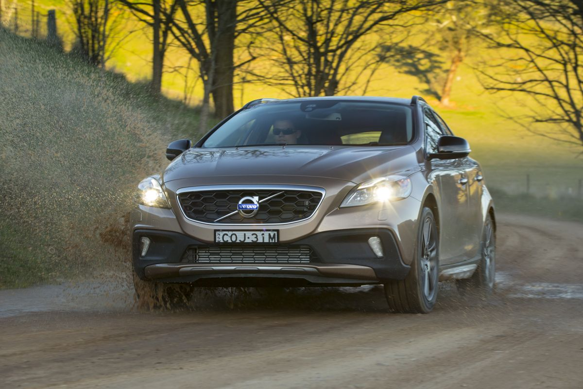 volvo v40 cross country review caradvice. Black Bedroom Furniture Sets. Home Design Ideas