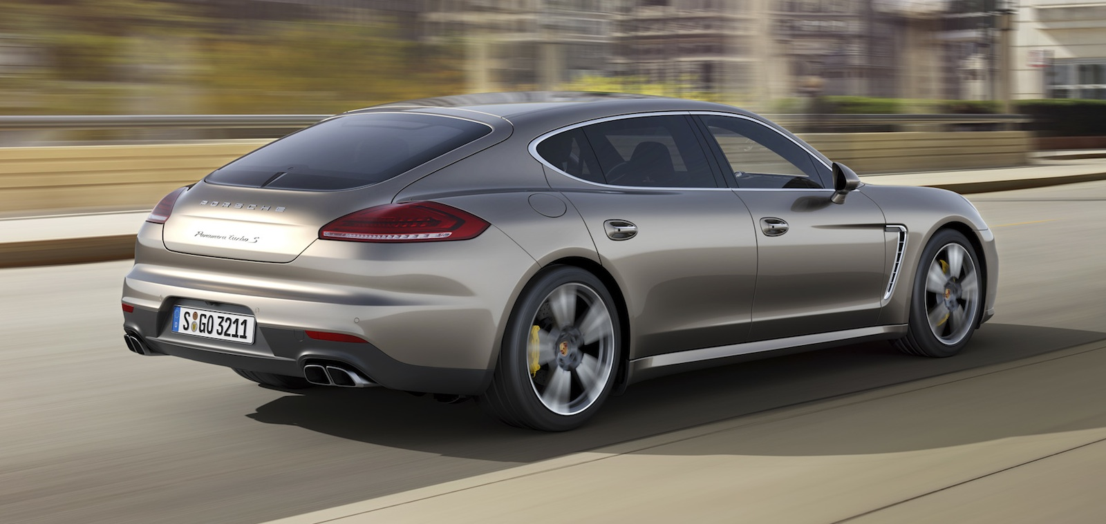 porsche panamera turbo s 420kw flagship sedan here in february photos 1 of 5. Black Bedroom Furniture Sets. Home Design Ideas