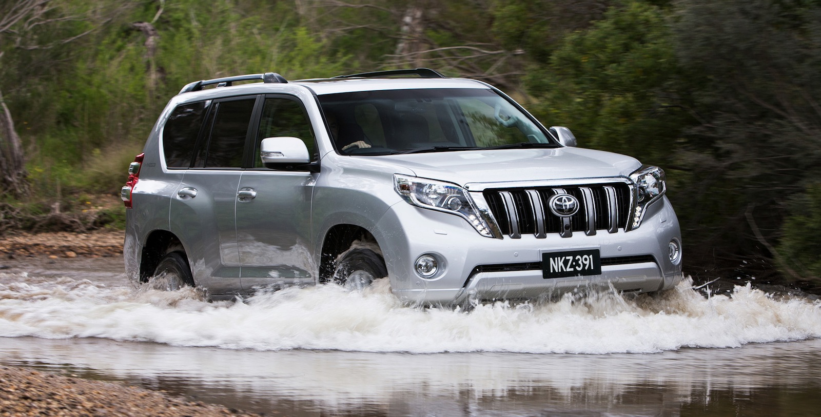 2014 Toyota LandCruiser Prado: pricing and specifications ...