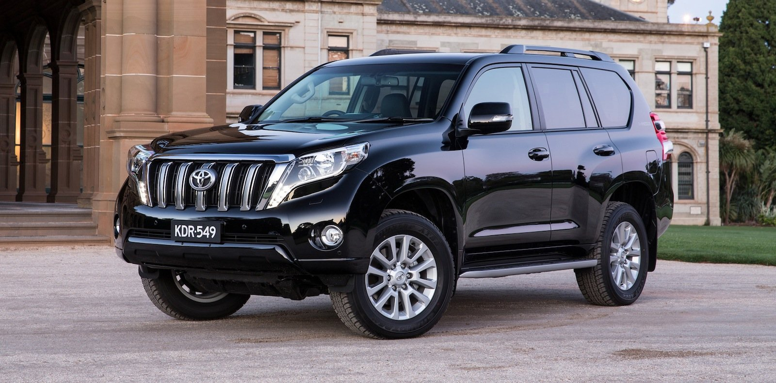 2014 toyota landcruiser prado pricing and specifications photos 1 of 18. Black Bedroom Furniture Sets. Home Design Ideas