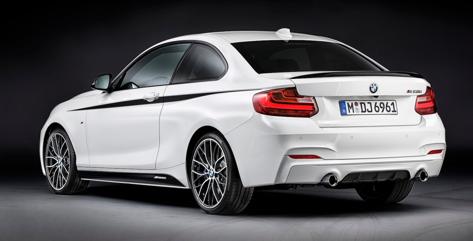 bmw 2 series coupe m performance kits accessories revealed photos 1 of 10. Black Bedroom Furniture Sets. Home Design Ideas