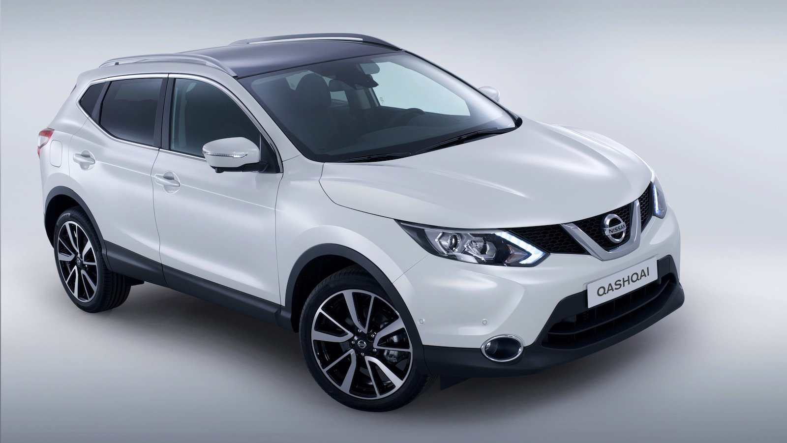 nissan qashqai nismo 160kw crossover planned photos 1. Black Bedroom Furniture Sets. Home Design Ideas