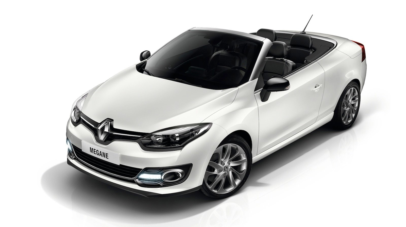 2014 renault megane cc facelift revealed photos 1 of 9. Black Bedroom Furniture Sets. Home Design Ideas