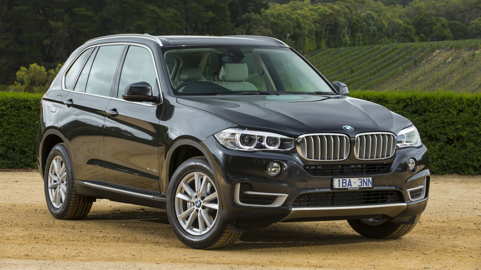 bmw x5 review xdrive25d and sdrive25d caradvice. Black Bedroom Furniture Sets. Home Design Ideas