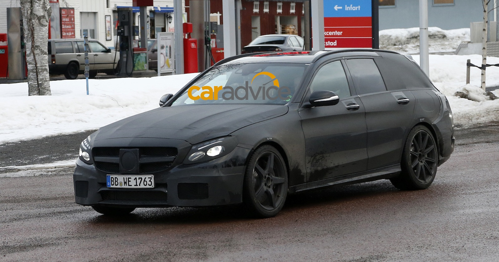 2015 mercedes benz c63 amg estate spied photos 1 of 13 for 2015 amg c63 mercedes benz