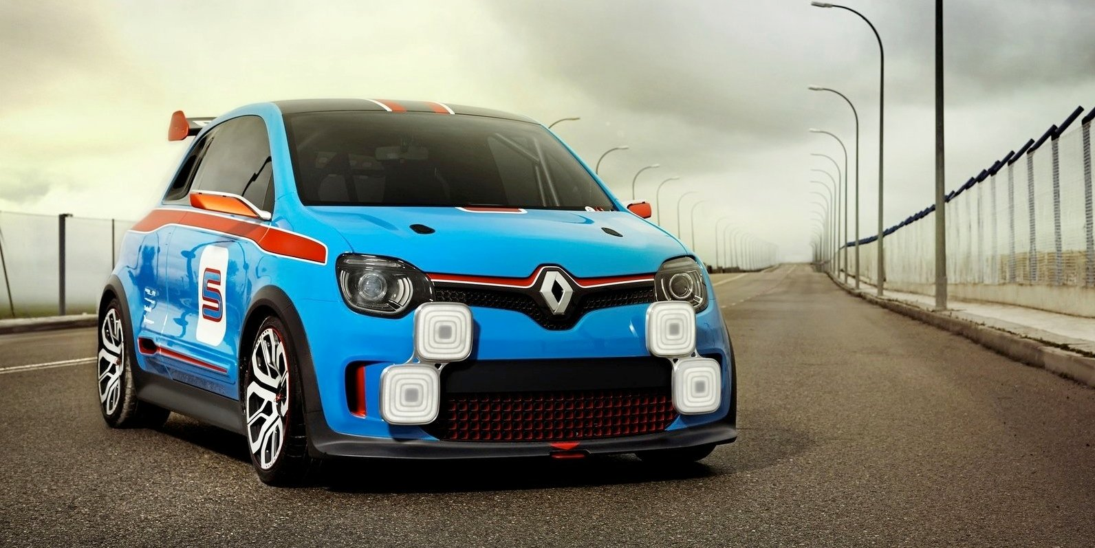 renault twingo rs off the table gt a possibility photos. Black Bedroom Furniture Sets. Home Design Ideas