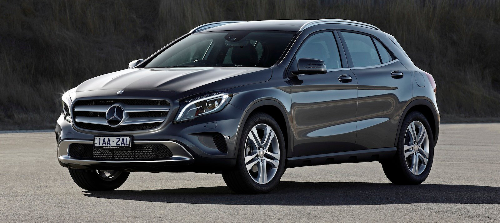 Mercedes benz to hunt luxury rivals with expanded suv for Expensive mercedes benz suv
