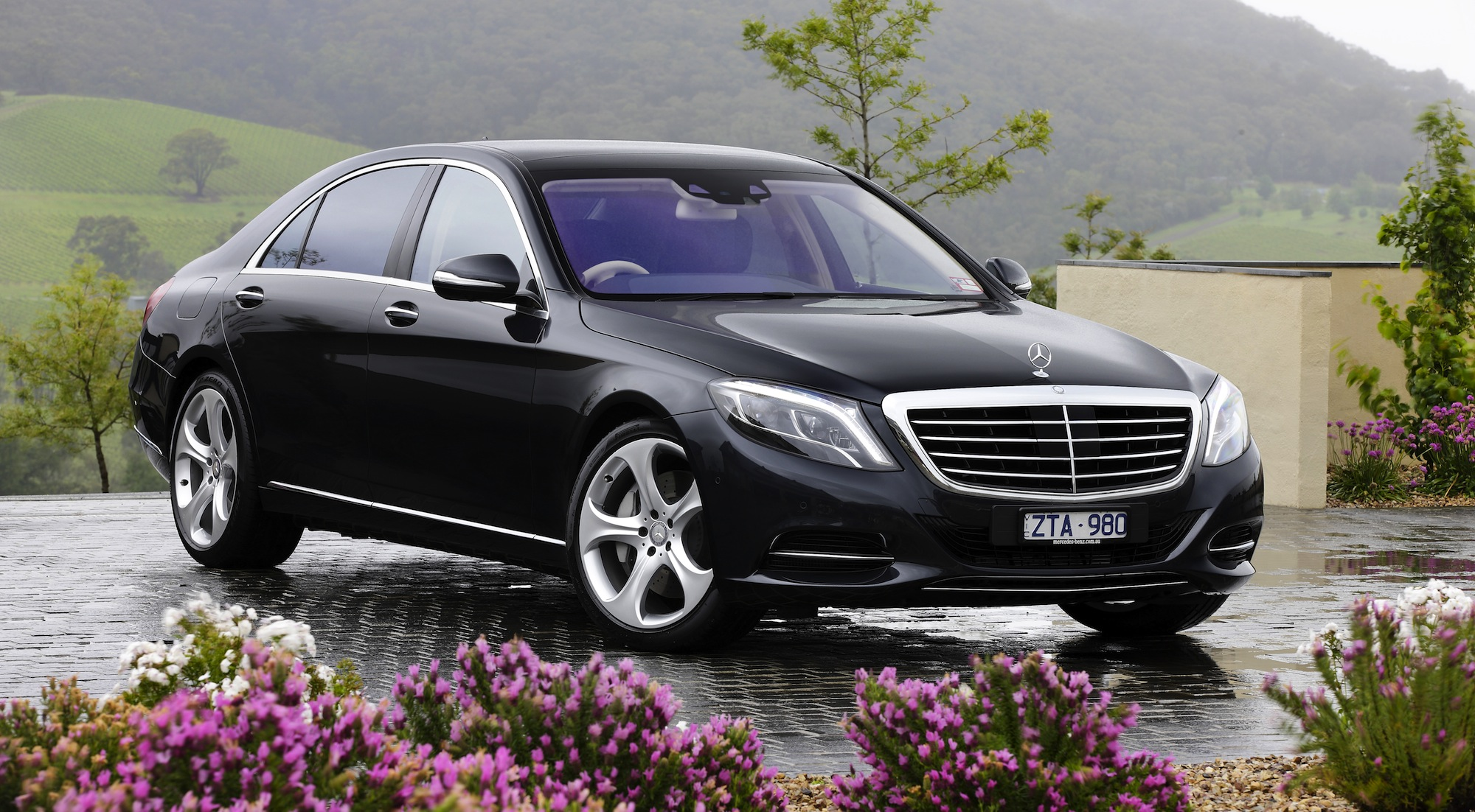 Mercedes benz s class review s500 l caradvice for Pictures of a mercedes benz