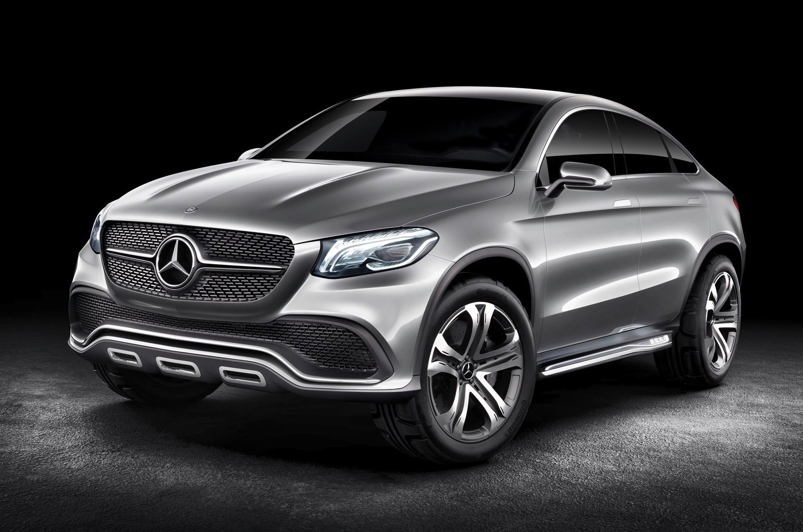 mercedes benz concept coupe suv targets bmw x6 photos 1 of 1. Black Bedroom Furniture Sets. Home Design Ideas