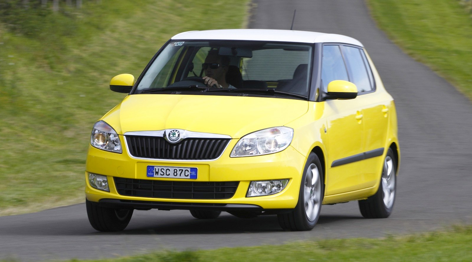 2014 skoda fabia price cut to 15 990 photos 1 of 2. Black Bedroom Furniture Sets. Home Design Ideas