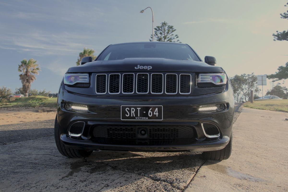 2014 jeep grand cherokee srt weekender photos caradvice. Black Bedroom Furniture Sets. Home Design Ideas