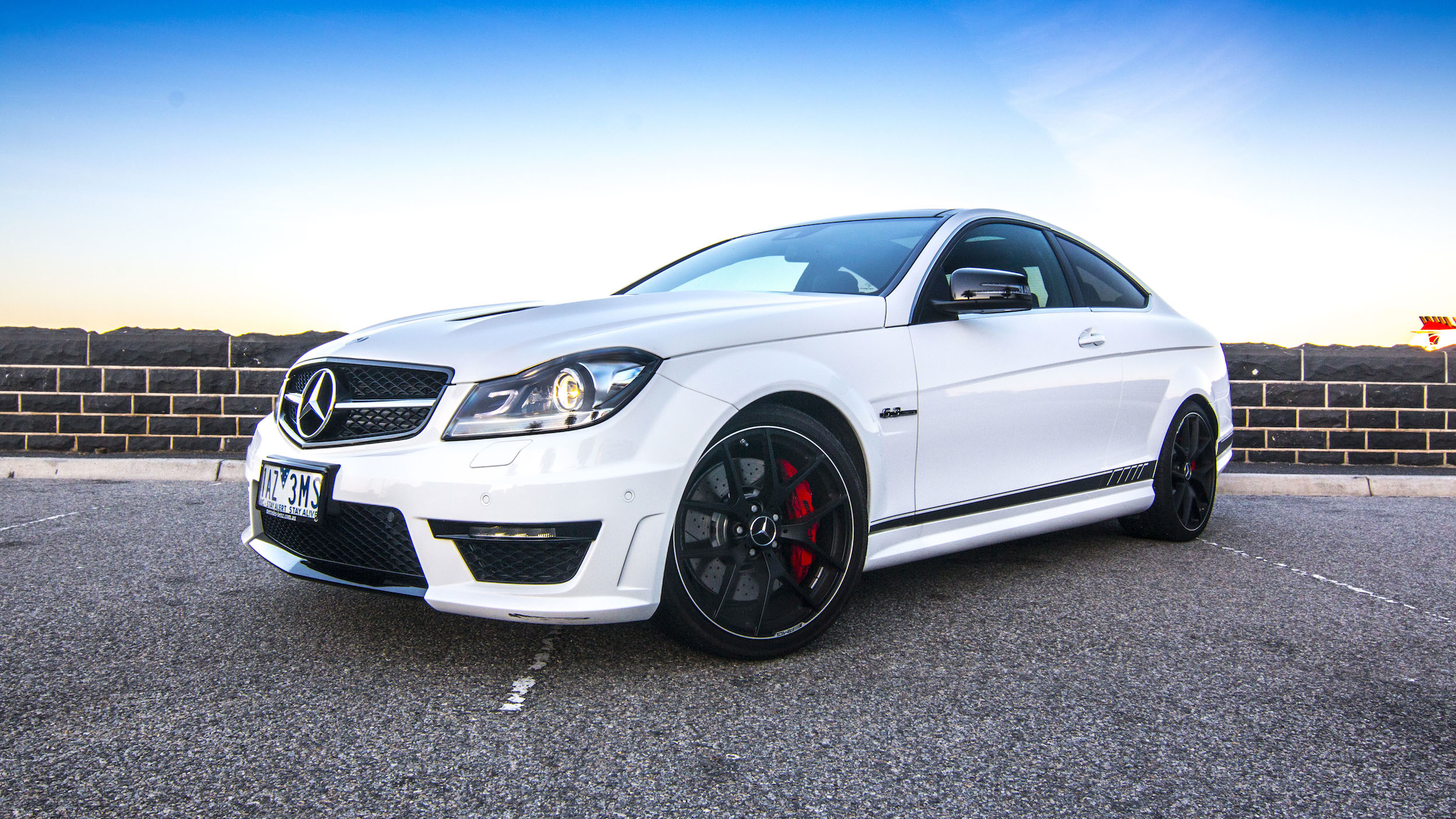 Bmw m4 v mercedes benz c63 amg edition 507 comparison for Bmw and mercedes benz