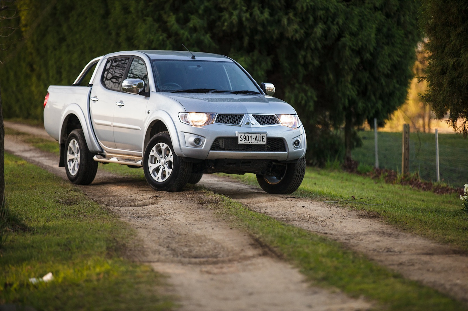 Car Sales Bounce Back From Sandy: Mitsubishi Triton Leads 4x4 Ute Sales Bounce-back In June