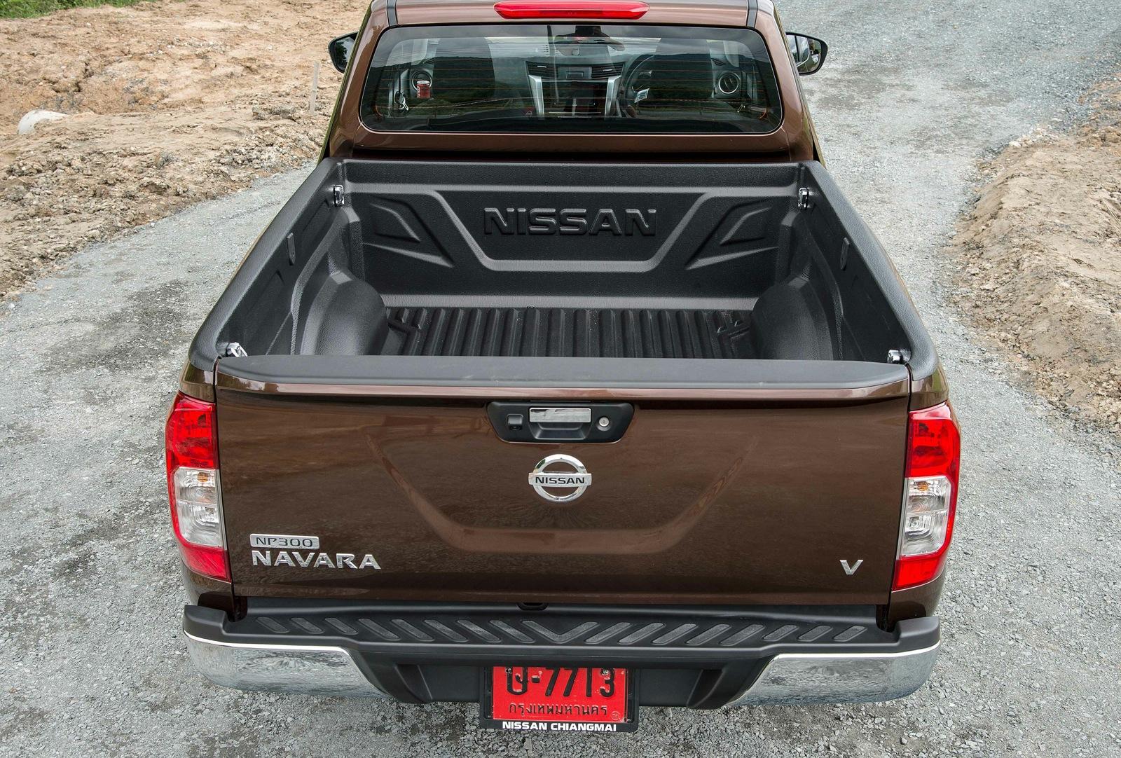 Elegant 2015 Nissan Navara Review  CarAdvice