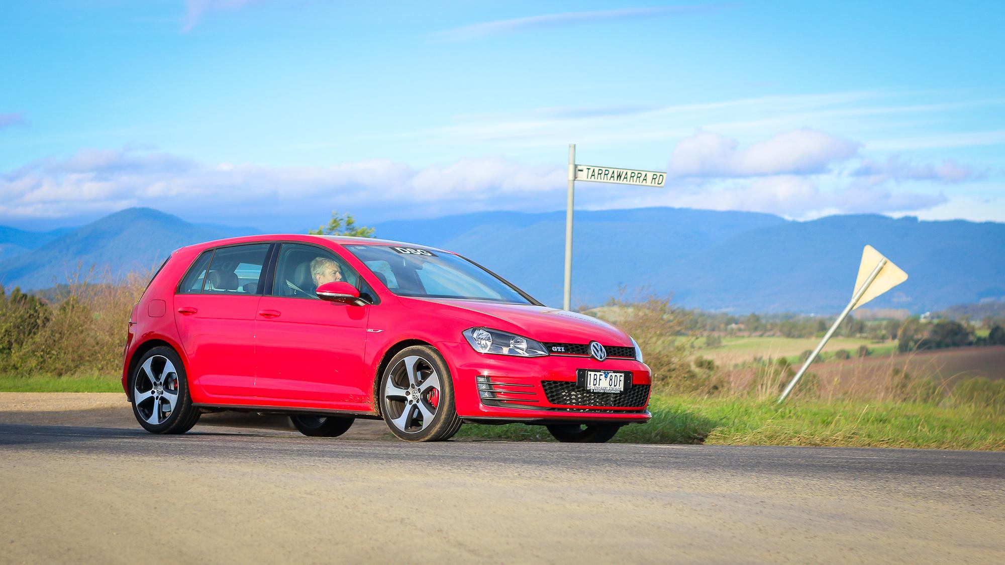 Volkswagen Golf GTI gearbox comparison : Manual v DSG - Photos