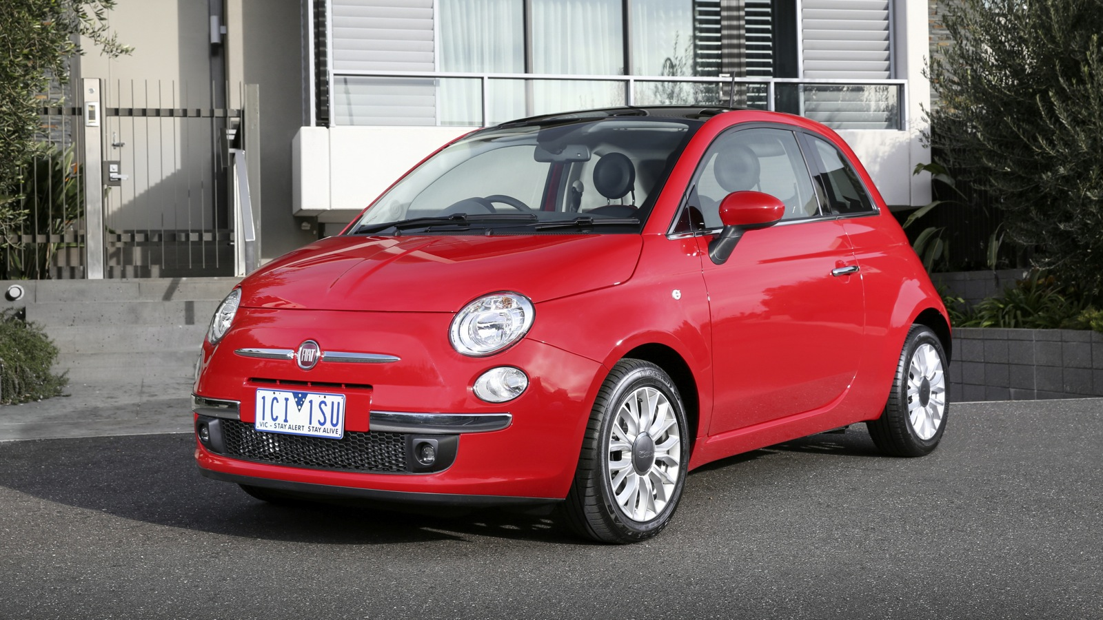 2015 fiat 500 pricing and specifications photos 1 of 35. Black Bedroom Furniture Sets. Home Design Ideas