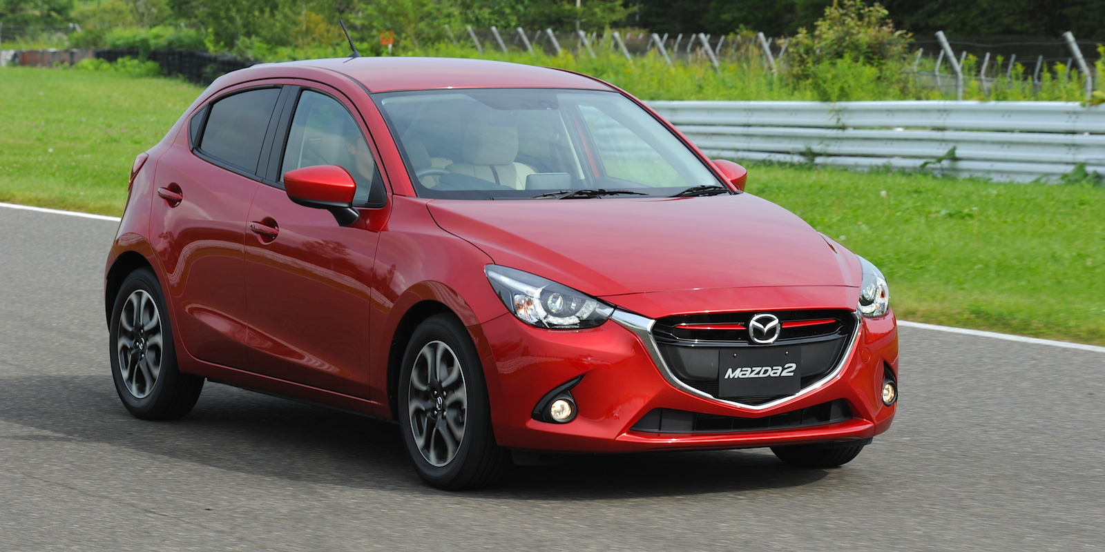 2015 mazda 2 review caradvice. Black Bedroom Furniture Sets. Home Design Ideas