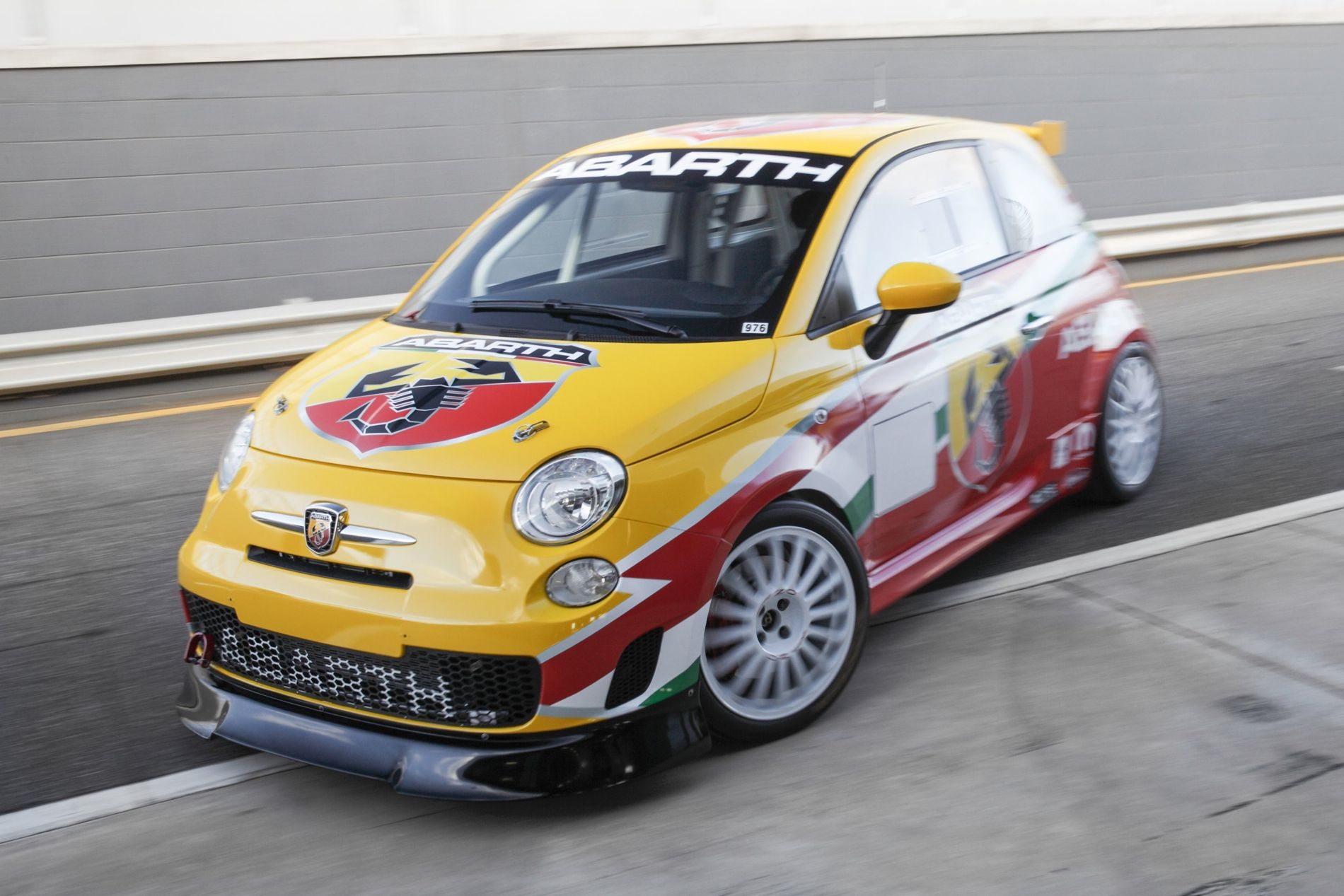 Abarth 695 Assetto Corse Review Caradvice