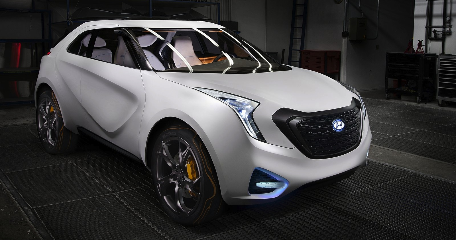 Hyundai planning edgy dynamic juke rival for 2017 report photos 1 of 3