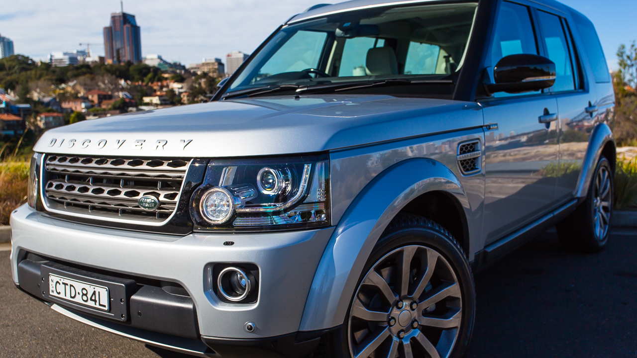 Land Rover Discovery Xxv Review Around Town Weekender