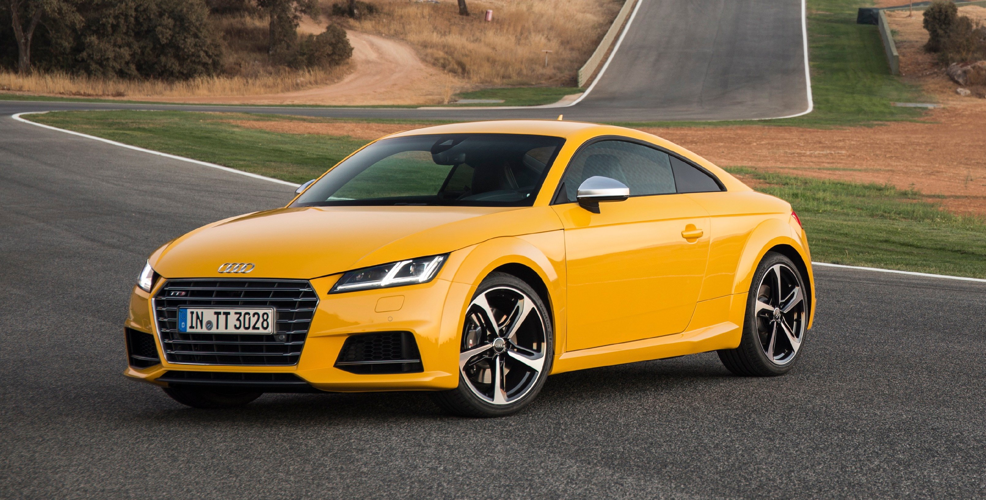 new audi tt rs confirmed as five cylinder tt roadster confirmed for paris reveal photos 1 of 6. Black Bedroom Furniture Sets. Home Design Ideas