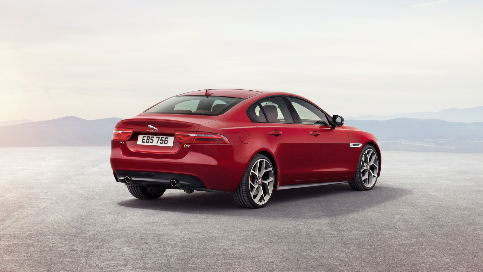 2015 jaguar xe revealed photos 1 of 25. Black Bedroom Furniture Sets. Home Design Ideas