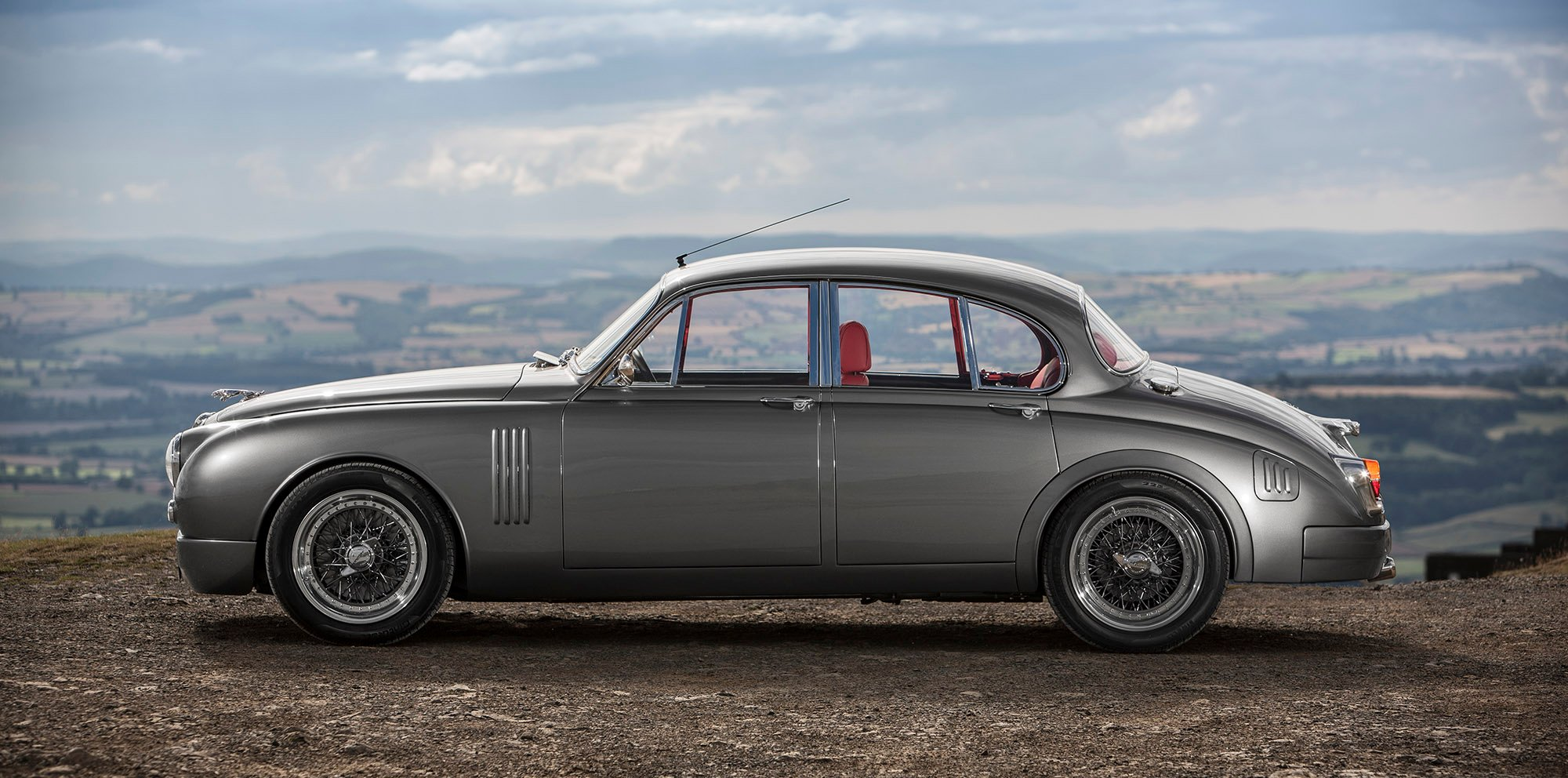 jaguar mark 2 restoration by ian callum to be produced in limited numbers photos 1 of 4. Black Bedroom Furniture Sets. Home Design Ideas