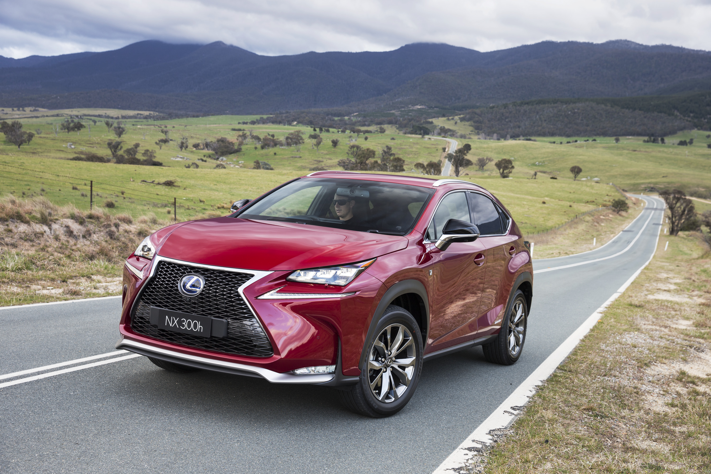 2015 lexus nx300h review caradvice. Black Bedroom Furniture Sets. Home Design Ideas