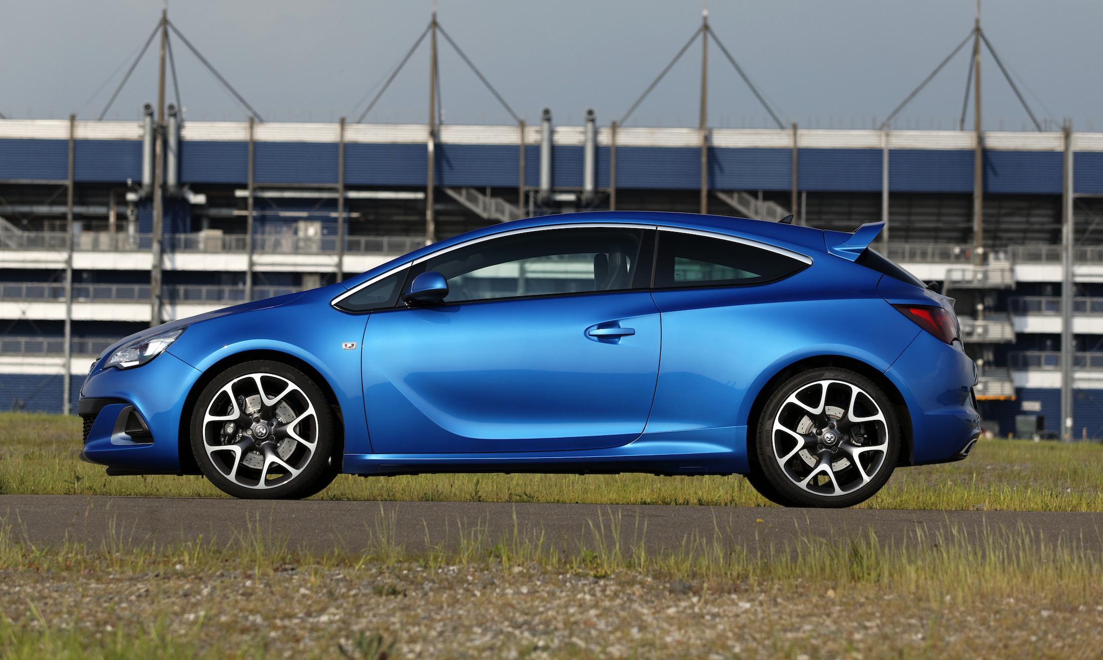 Original 2015 Holden Astra VXR Review  CarAdvice
