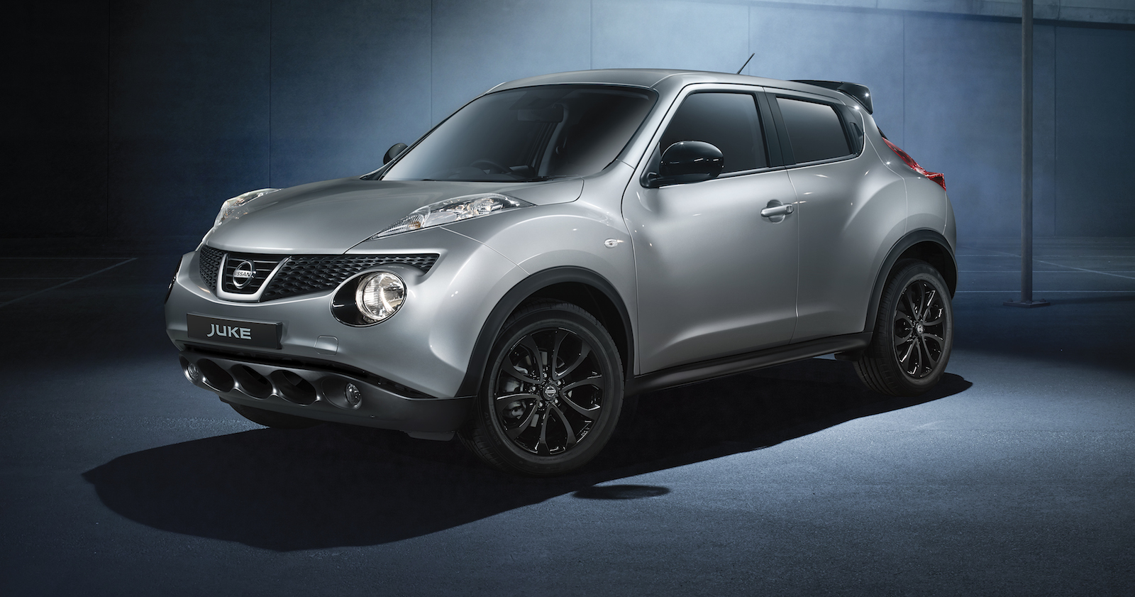 nissan juke midnight special edition styling pack released photos 1 of 2. Black Bedroom Furniture Sets. Home Design Ideas