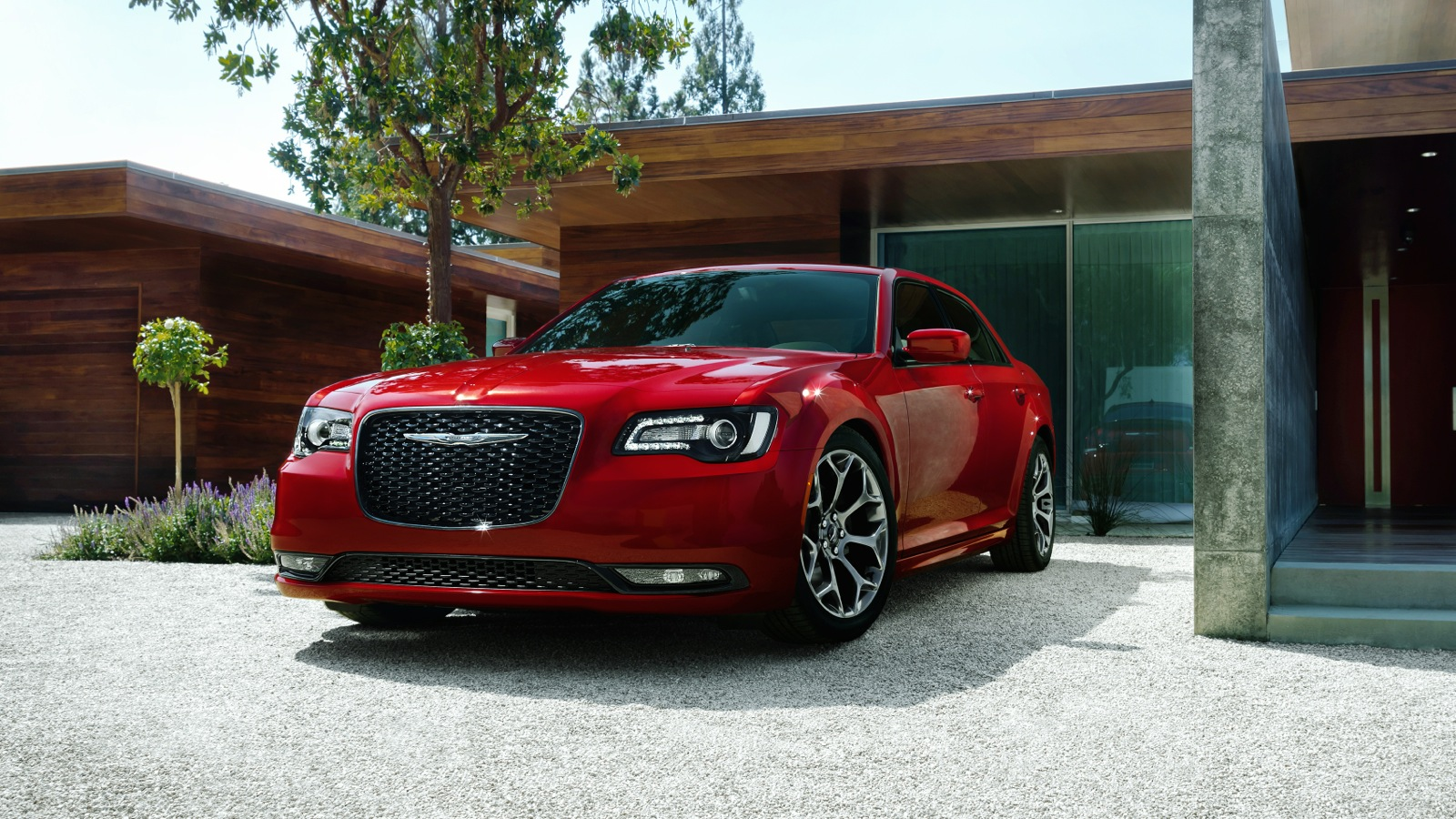 2015 chrysler 300 revealed large sedan facelifted photos 1 of 33. Black Bedroom Furniture Sets. Home Design Ideas