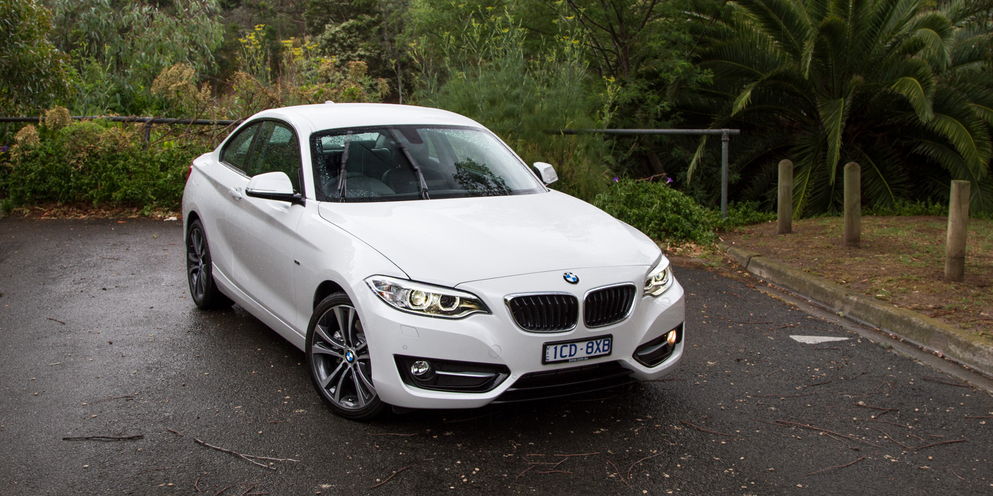 2015 bmw 2 series review 228i coupe caradvice. Black Bedroom Furniture Sets. Home Design Ideas
