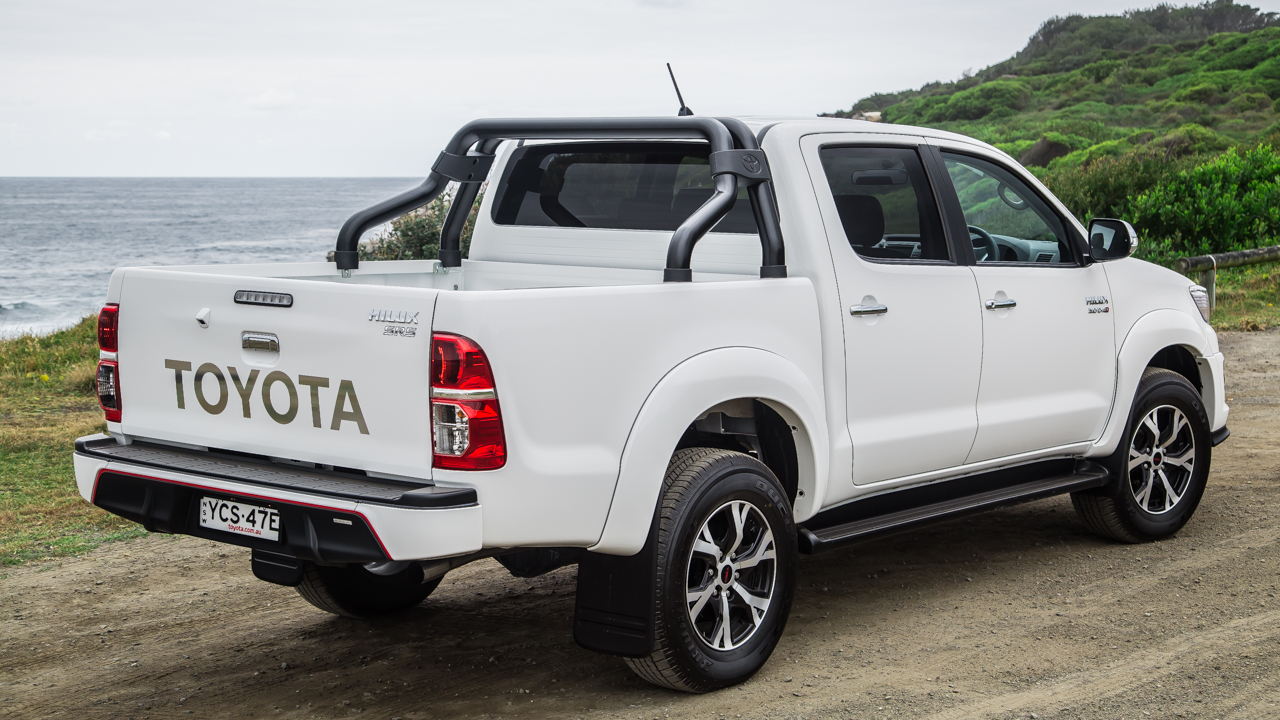2015 toyota hilux review black edition caradvice. Black Bedroom Furniture Sets. Home Design Ideas