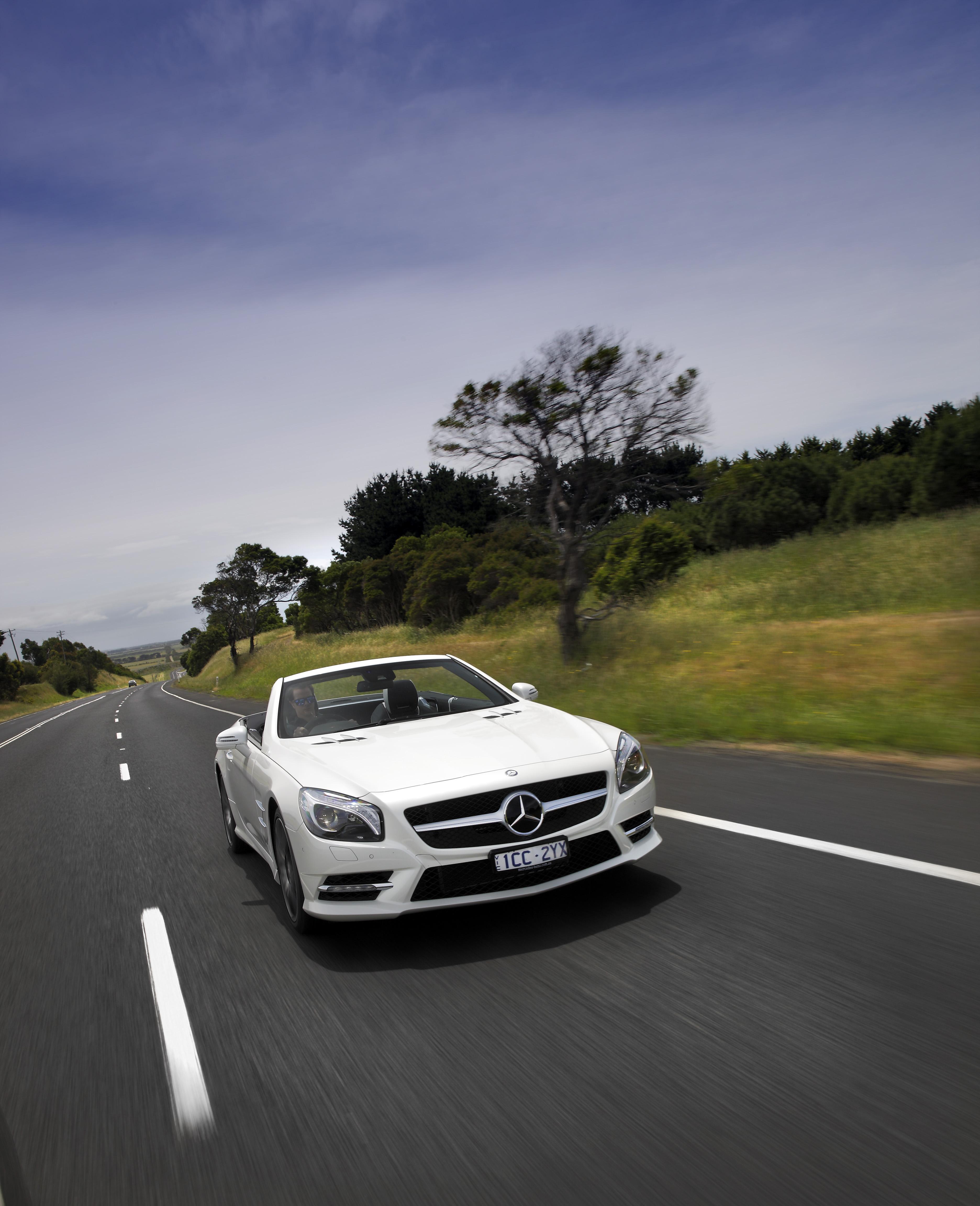 2015 Mercedes-Benz SL400 Review