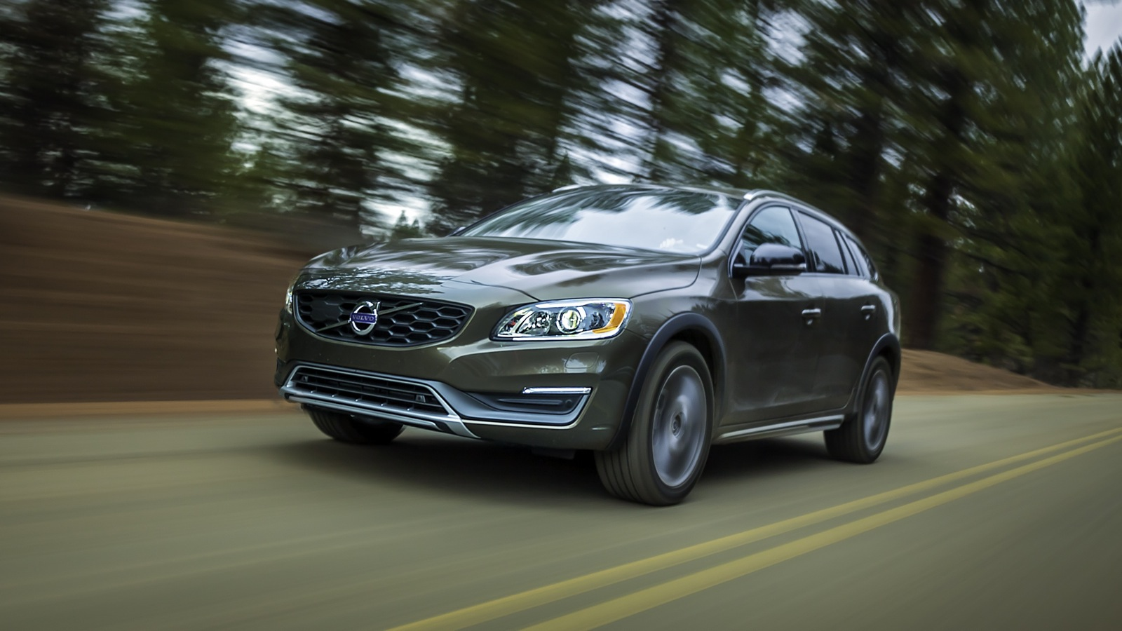 Innovative 2015 Volvo V60 Cross Country Review  CarAdvice