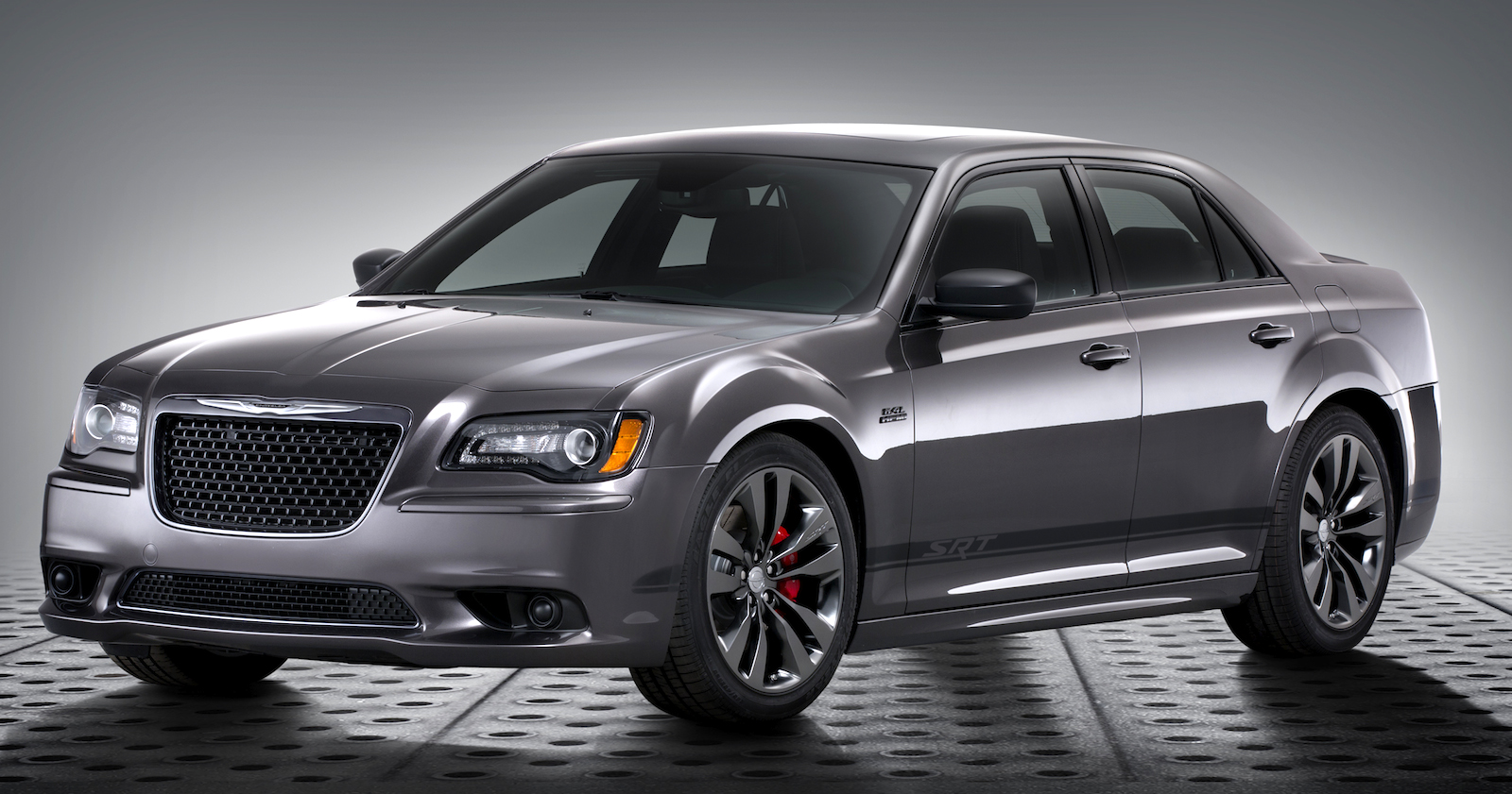 chrysler 300 srt core satin vapour special edition launches from 60 000 photos 1 of 4. Black Bedroom Furniture Sets. Home Design Ideas
