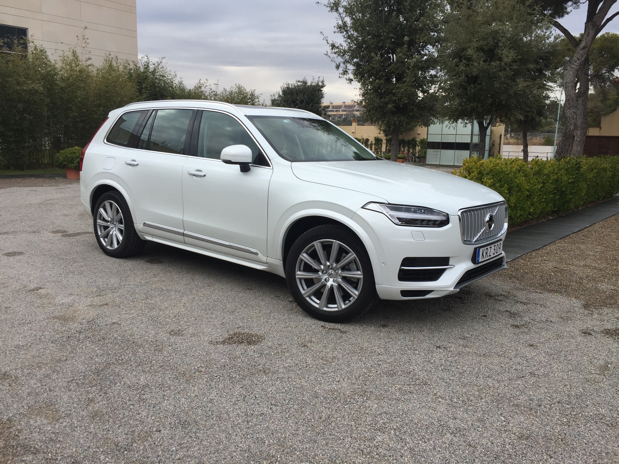 2015 volvo xc90 review caradvice. Black Bedroom Furniture Sets. Home Design Ideas